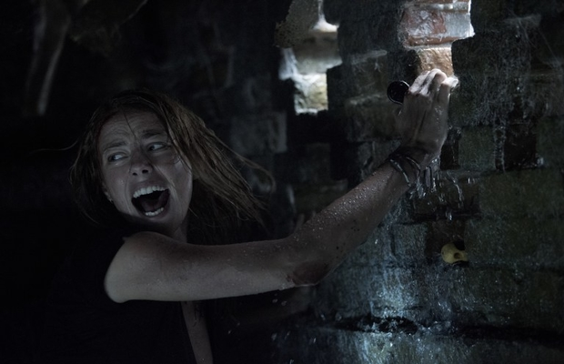 Alexandre Aja regresa al terror animal con 'Infierno Bajo el Agua'