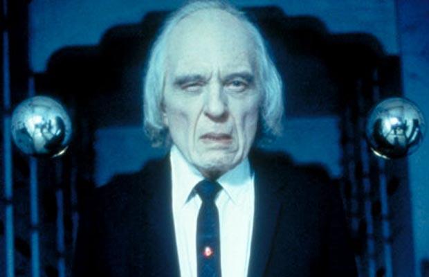 Muere Angus Scrimm, el Hombre Alto de 'Phantasma'