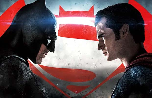 'Batman v Superman' recibe calificación R